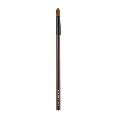 Кисть для теней Kevyn Aucoin The Small Eyeshadow Soft Round Tip Brush: фото